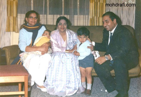 Mohd Rafi with Geeta Dutt and Family