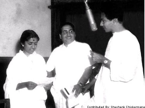 Mohd Rafi and Lata Mangeshkar in Discussion with Dattaram