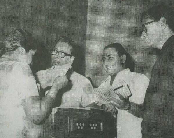 Mohd Rafi, Asha Bhosale rehearsals a song Aaja Aaja Main Hoon Pyar Tera with R.D.Burman and Goldie Anand