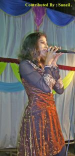 Pallavi Dabholkar at the melodius musical evening in the loving memory of Immortal Rafi Saab on 28th April 2009.jpg