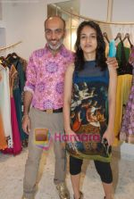 Manish Arora at the Jona store launch in Juhu on 9th Nov 2010 (33).JPG