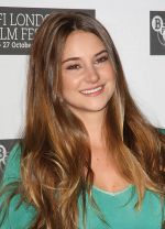 Shailene Woodley attends the 55th Annual Times BFI London Film Festival _The Descendants_ Photocall at Odeon West End, Leicester Square on 20th October 2011 (3).jpg