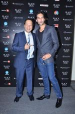 Siddharth Mallya, Rob Schneider at Black Dog Comedy evenings in Lalit Hotel on 27th Nov 2011 (151).JPG