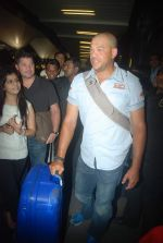 Andrew Symonds snapped at the Mumbai airport on 5th Dec 2011 (30).JPG