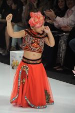 Kids walk the ramp for Nishka Lulla Show at Kids Fashion Week day 3 on 19th Jan 2012 (52).JPG