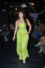 at Designer Aarti Vijay Gupta showcases collection in Rude Lounge on 30th Jan 2012 (102).JPG