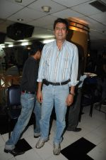Kawaljeet at the Celebration of the Completion Party of 100 Episodes of PARVARISH�..kuch khatti kuch meethi in bowling alley on 7th April 2012.JPG