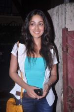 Yami Gautam at Abhishek Bachchan_s screening of Bol Bachchan for John Abraham in Ketnav, Mumbai on 13th July 2012 (109).JPG