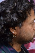 Kailash Kher at the launch of 2 night in Soul valley music in Mumbai on 14th Dec 2012 (47).JPG