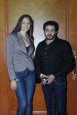 Mexican Actress Rebeca Mayorga With Parvez Lakdawala at the Music Launch of Chennai Express in Mumbai on 3rd July 2013,1 (3).jpg