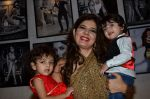 Manisha Ratnani at the Launch of Dabboo Ratnani_s Calendar 2014 in Mumbai on 5th Jan 2014 (39)_52cabfa829a16.JPG