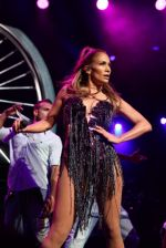 Jennifer Lopez in Falguni and Shane Peacock at the Kiss Concert_538c5f03033a8.jpg