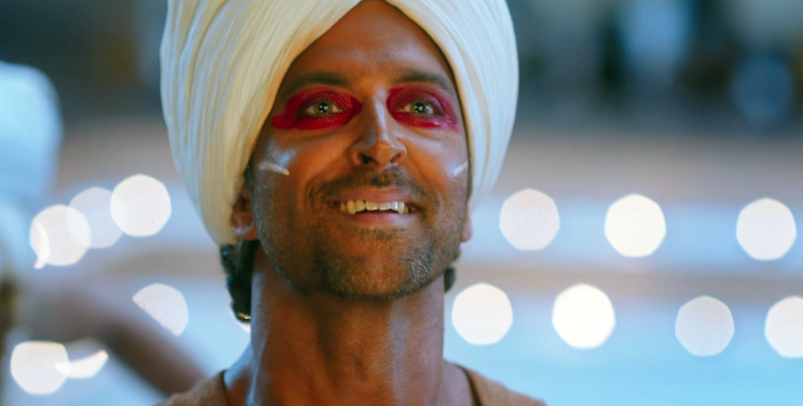 Hrithik Roshan in Tu Hai Video Song Still from Mohenjo Daro Movie (1)